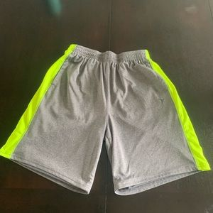 Medium active wear men's shorts